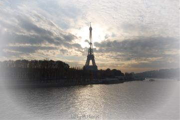 eiffeltower travel mhnec paris autumn