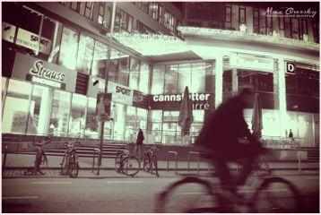 urban night streetphotography sepia modern
